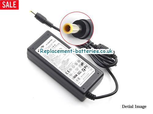 Genuine SAMSUNG R730 Laptop AC Adapter 19V 3.42A 65W
