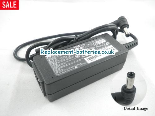 Genuine TOSHIBA DYNABOOK UX/23JWH Laptop AC Adapter 19V 1.58A 30W